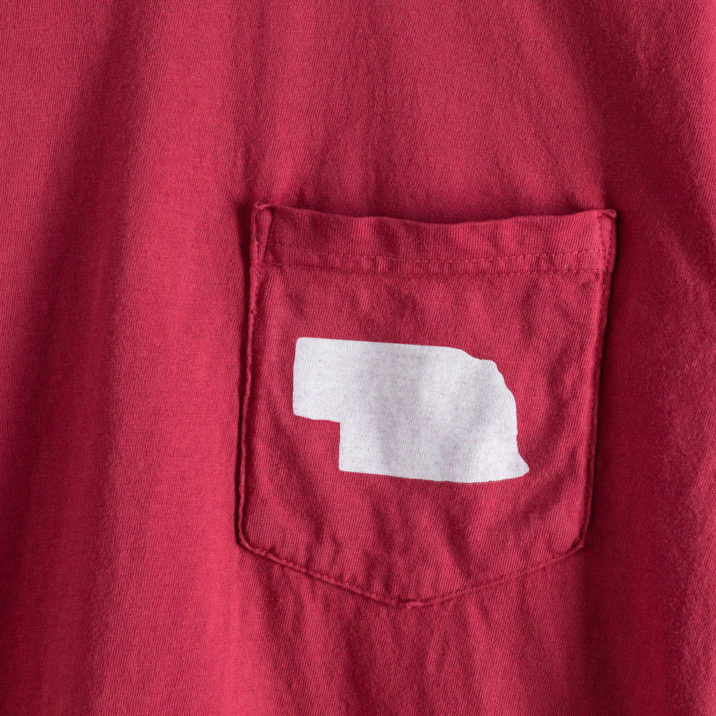 Nebraska Pocket T | Chili Red