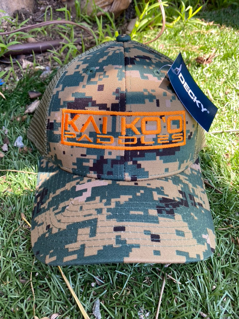 Embroidered Logo Cap - CAMO