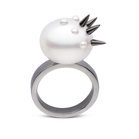 Stiletto Spike Pearl Ring in Black Rhodium