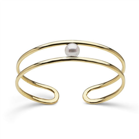 Cuff Bracelet with Akoya Pearl in Yellow Gold