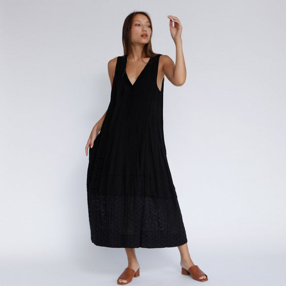 The Akila Maxi cocktail Dress, Black