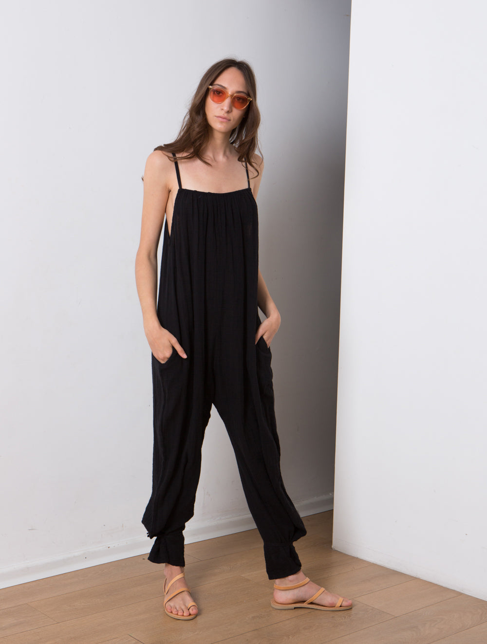 women's sleeveless onesie, Cotton overalls lovely relaxed casual fit. Black.