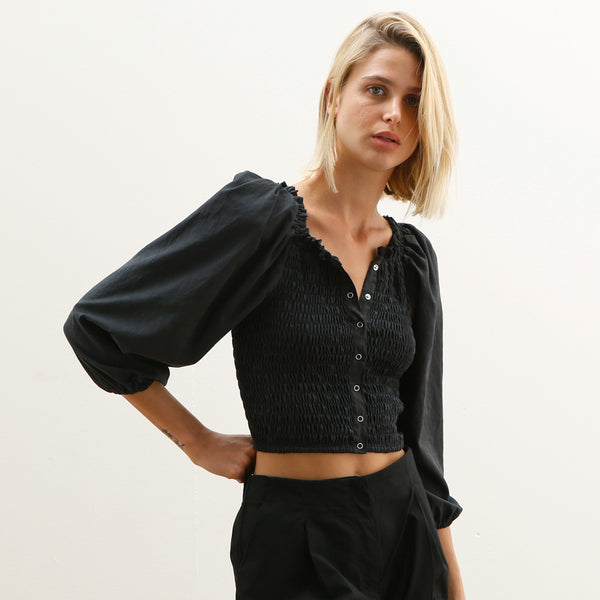 Puffy sleeves Crop top, elastic Crop top , party Top, BLACK.