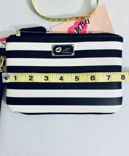 Luv Betsey Black & White Stripe Kitty Cat Coin Purse & Wristlet Set LBGEMS NWT