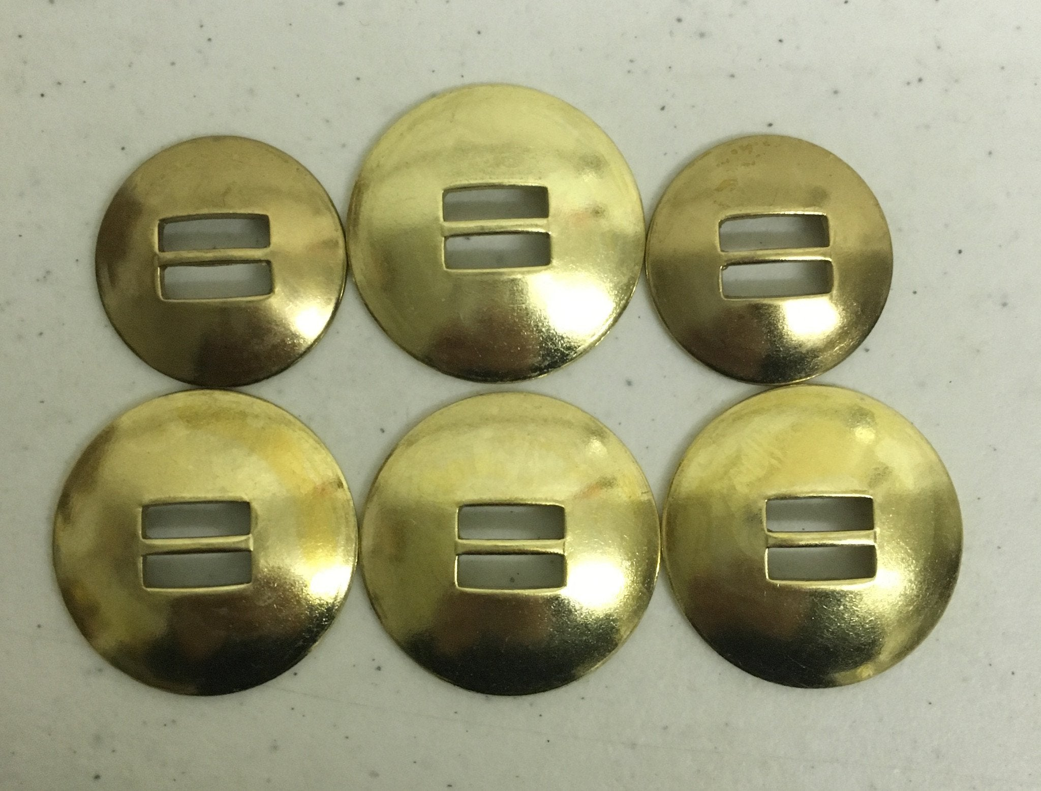 CBCONCH 155 Brass Slotted Conchos
