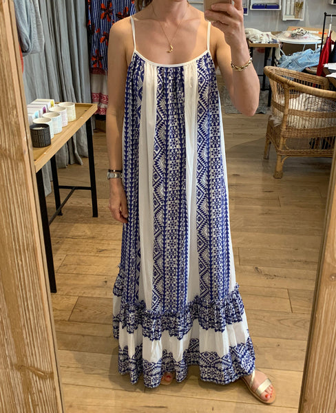 EMBROIDERED BACKLESS DRESS WHITE/BLUE