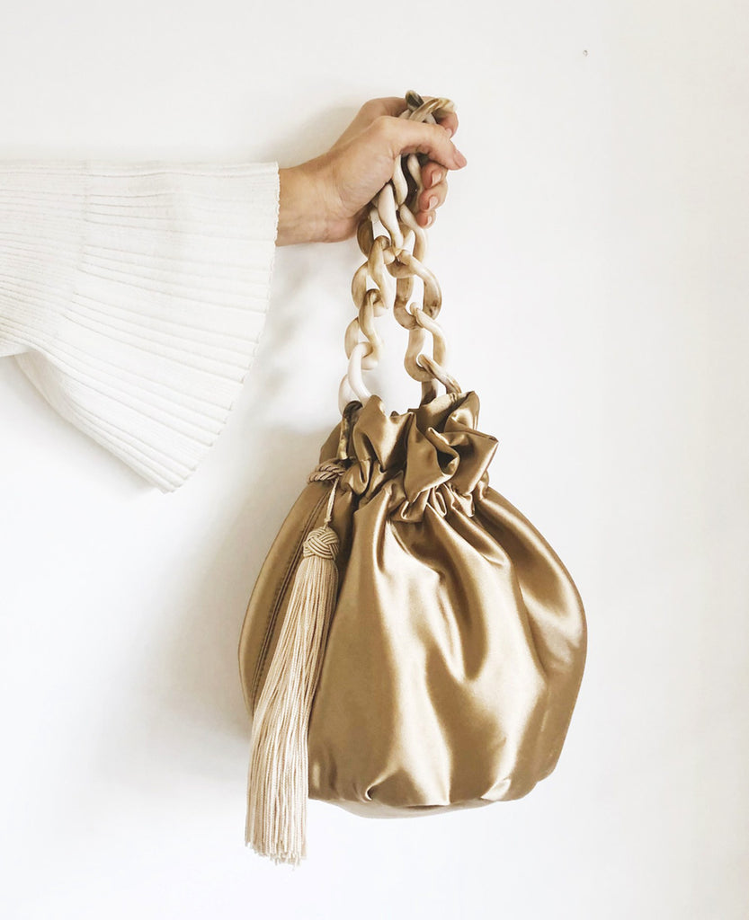 BUCKET BAG GOLDEN SATIN