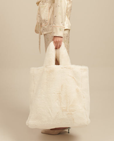 FAKE FUR BAG WHITE