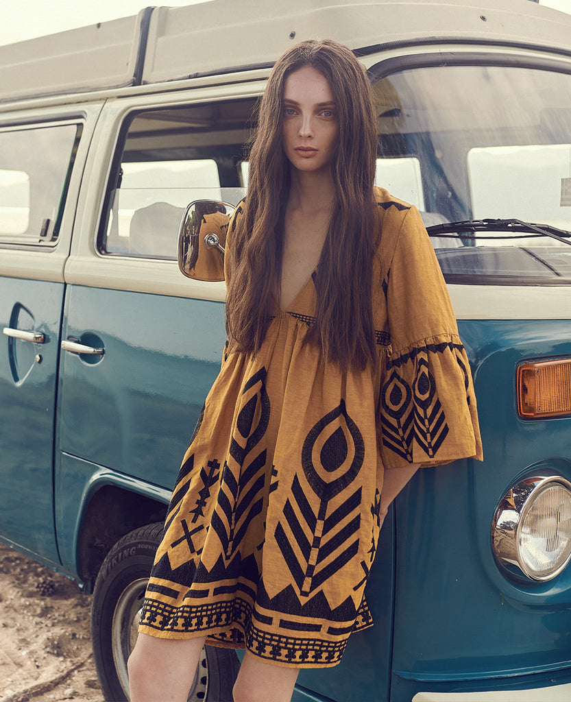FEATHER LINEN DRESS MUSTARD