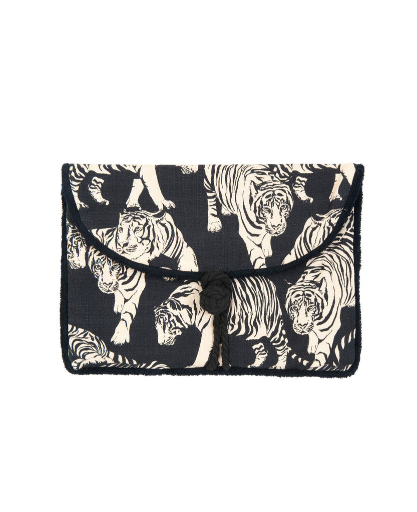 """LIFE OF PI"" ENVELOPE POUCH"