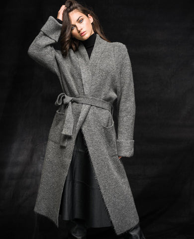 OVERSIZED KNIT-COAT GREY