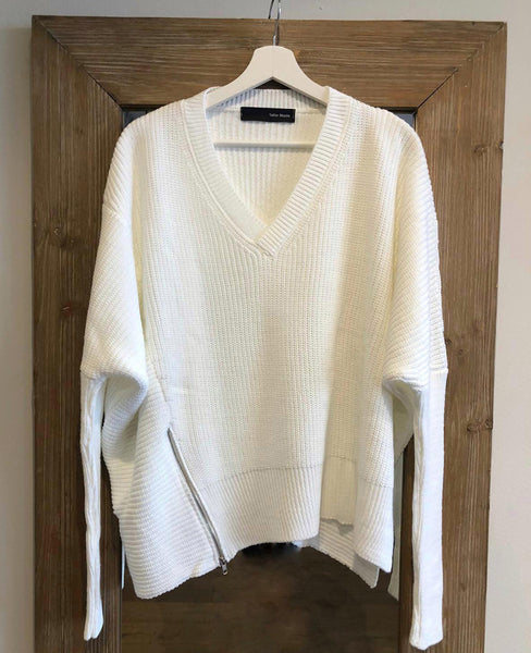 OVERSIZE PULLOVER WITH ZIPPER WHITE