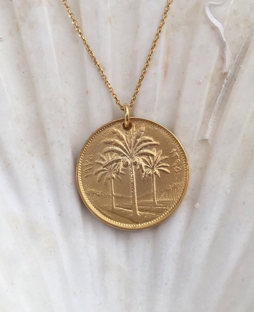 "NECKLACE ""DATE PALM COIN"""