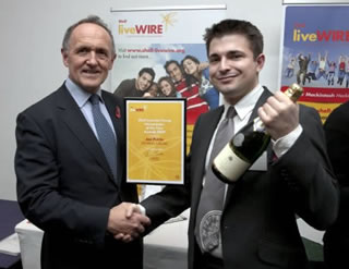 Jon Petrie receiving DS Music's Shell LiveWIRE Finalist Award - the only retailers in the final