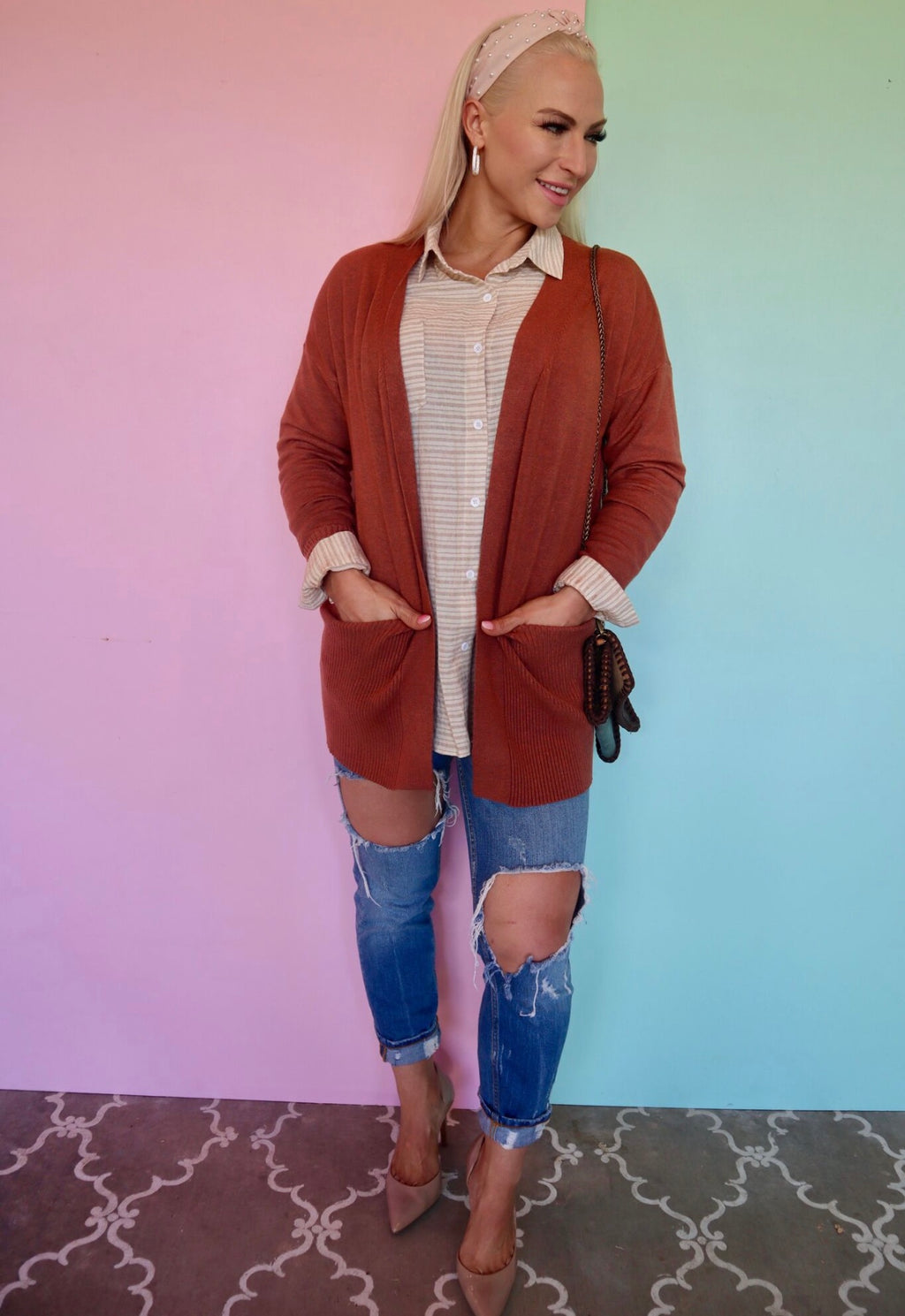 CARRYING YOUR LOVE rust cardigan