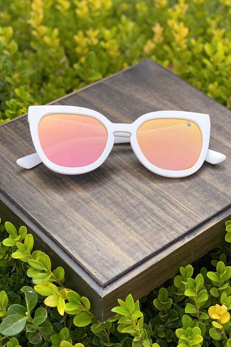 American Bonfire Darlin' Sunglasses in White