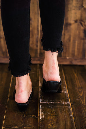Matisse Lucky Mules in Black