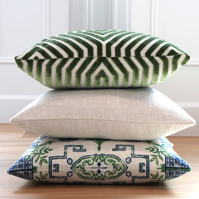 Vanderbilt Lettuce Velvet Pillow Cover with Green Throw Pillows