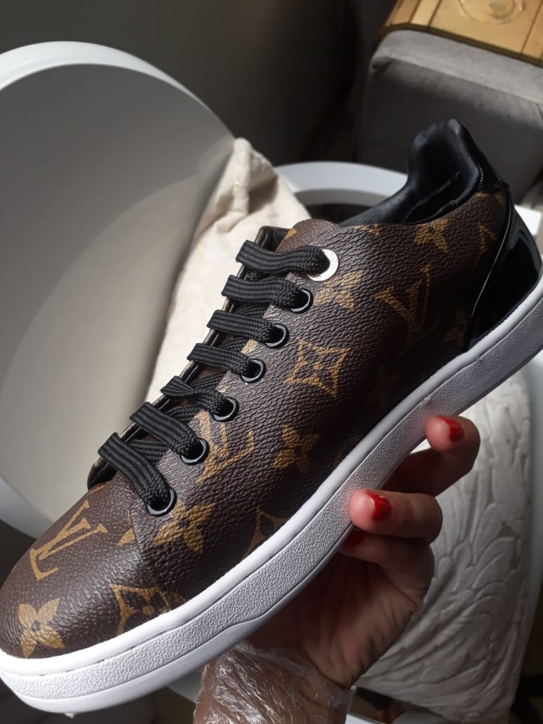 Tênis sneaker Frontrow canvas Monogram Louis Vuitton - Loja Must Have