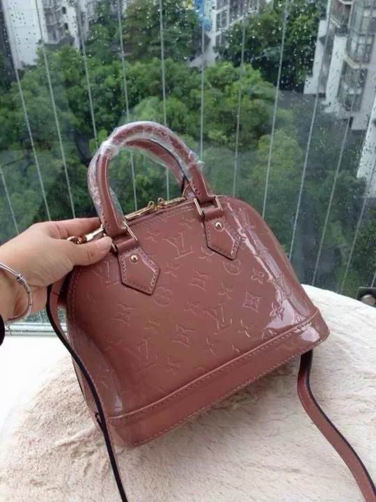 Bolsa Alma BB Vernis Louis Vuitton - Loja Must Have