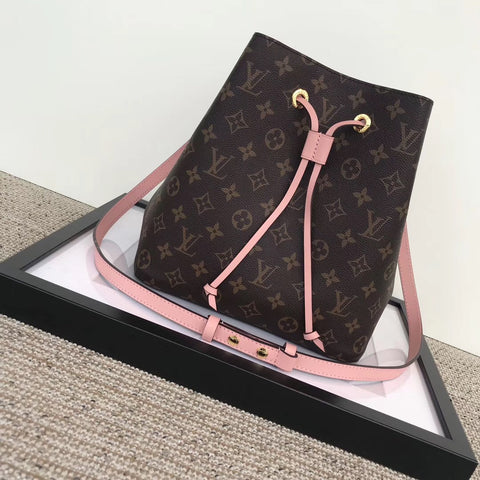 Bolsa Néonoé Monogram Louis Vuitton