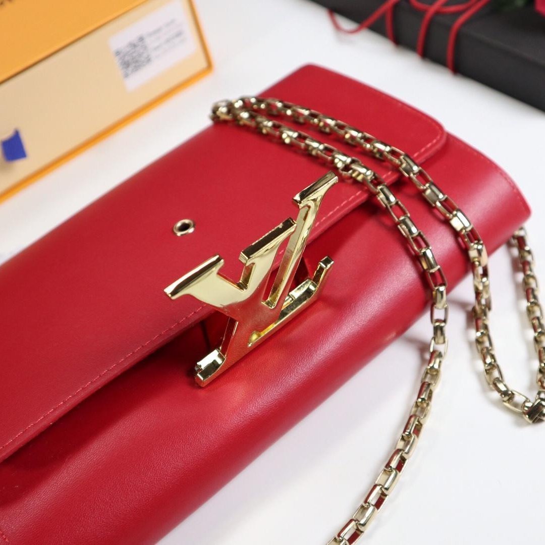 Bolsa Louis Vuitton Chain Louise Clutch - Loja Must Have