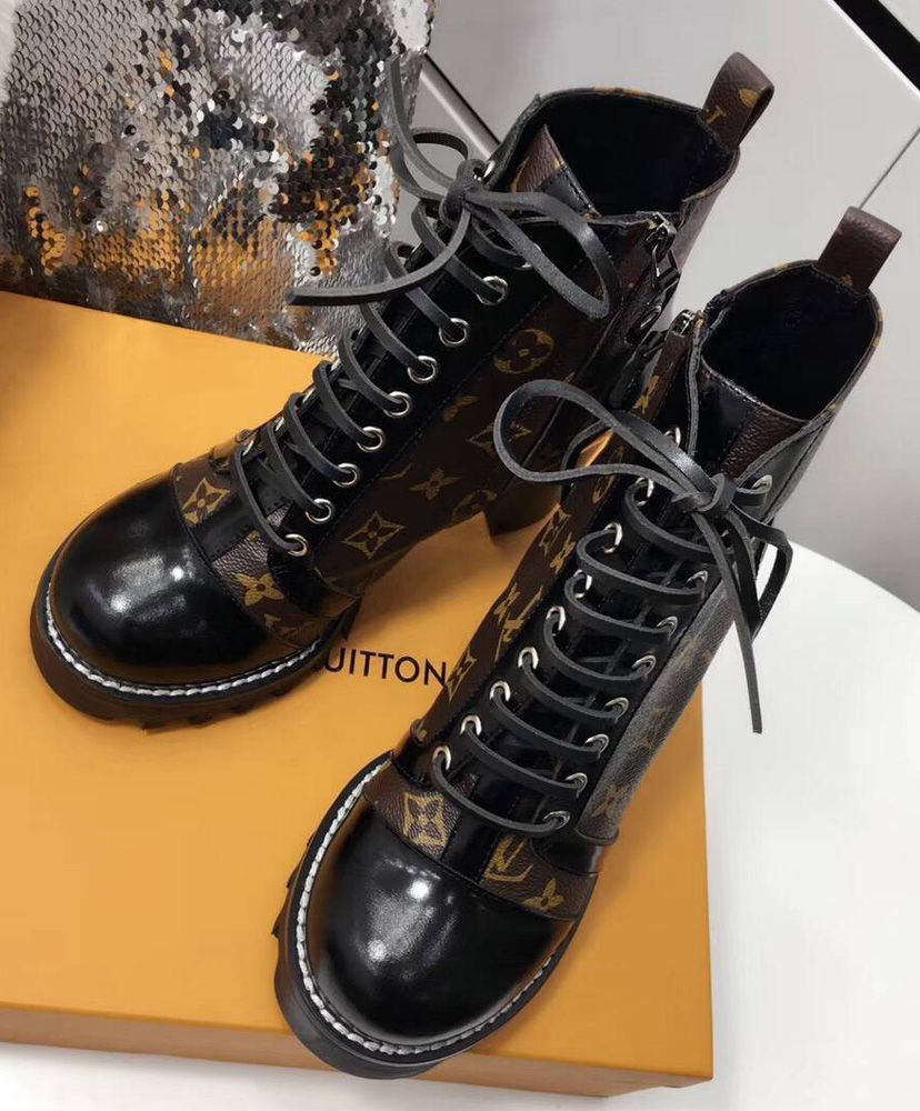 Bota Ankle Boot Star Trail Louis Vuitton - Loja Must Have