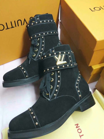 Bota Wonderland Tachas Louis Vuitton
