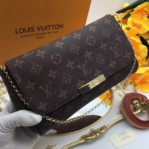 Clutch Favorite Louis Vuitton