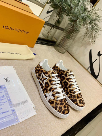 Tênis sneaker Louis Vuitton Front Row Onça Jungle Collection