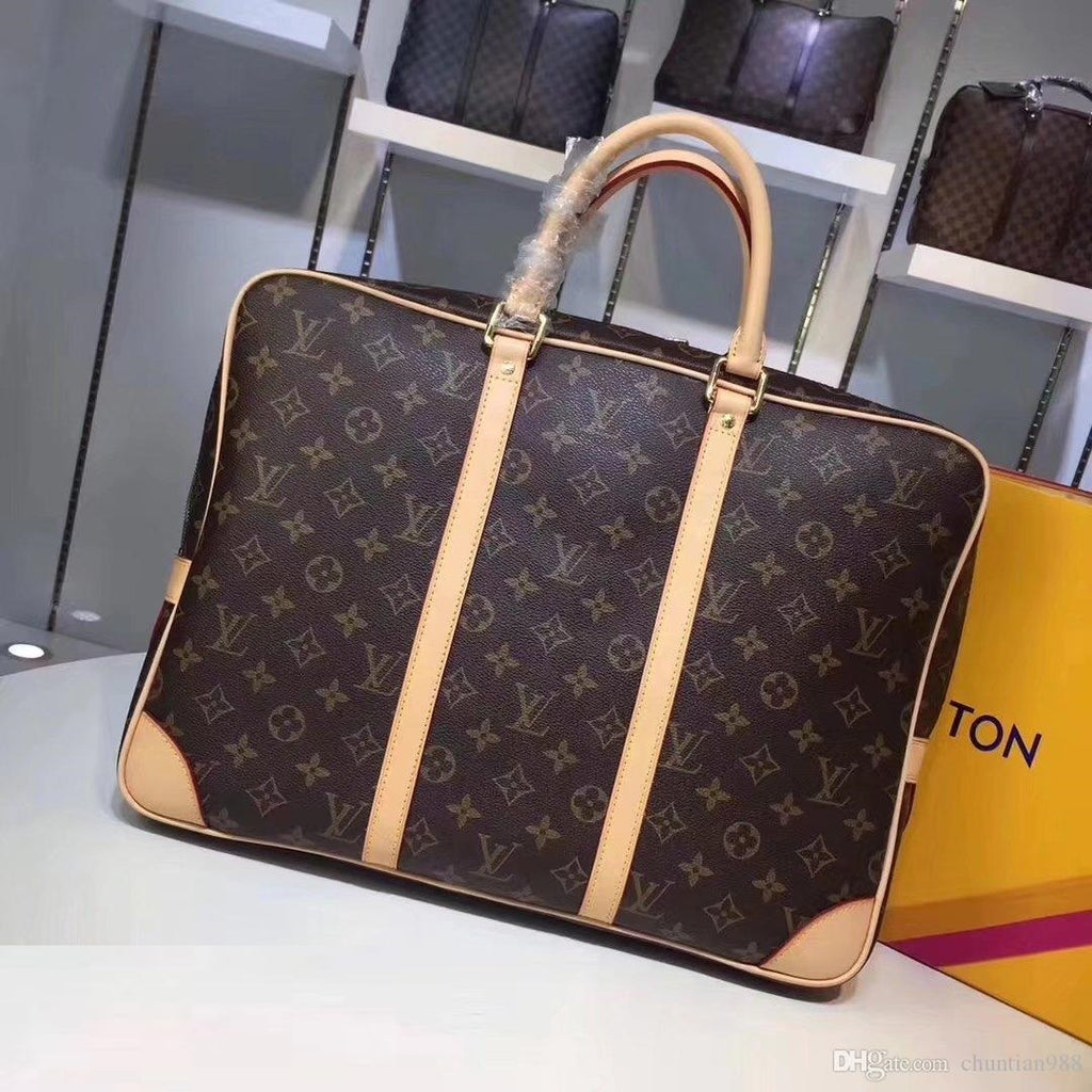 Porta Documentos Voyage Louis Vuitton - Loja Must Have
