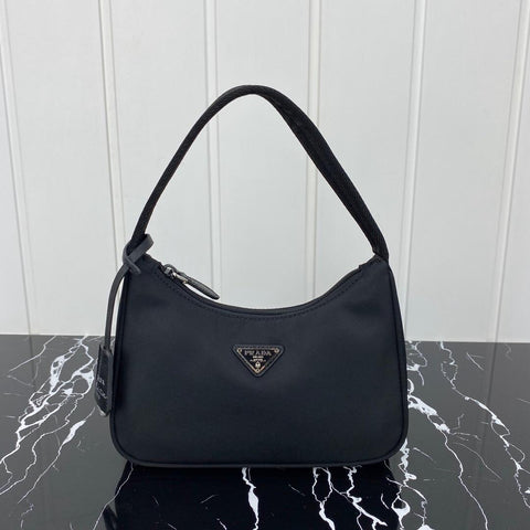 Bolsa Prada Hobo Re-edition 2000