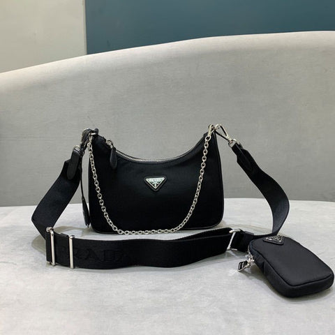 Bolsa Prada Hobo Re-edition 2005