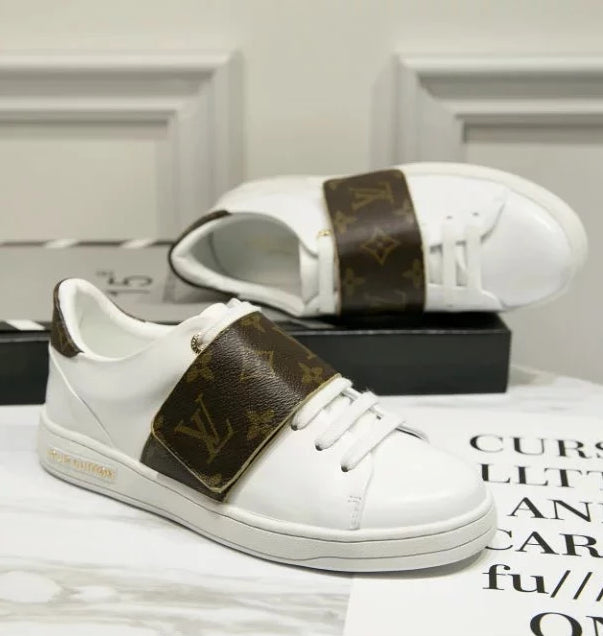 Tênis sneaker Front Row Monogram Louis Vuitton - Loja Must Have