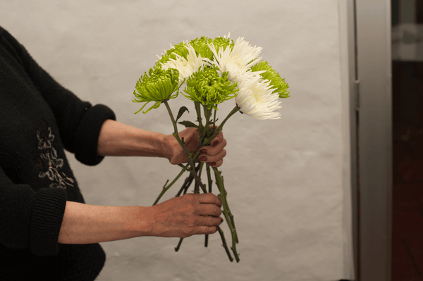 DIY Tutorial for making a flower bouquet