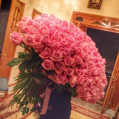 large bouquet of pink roses