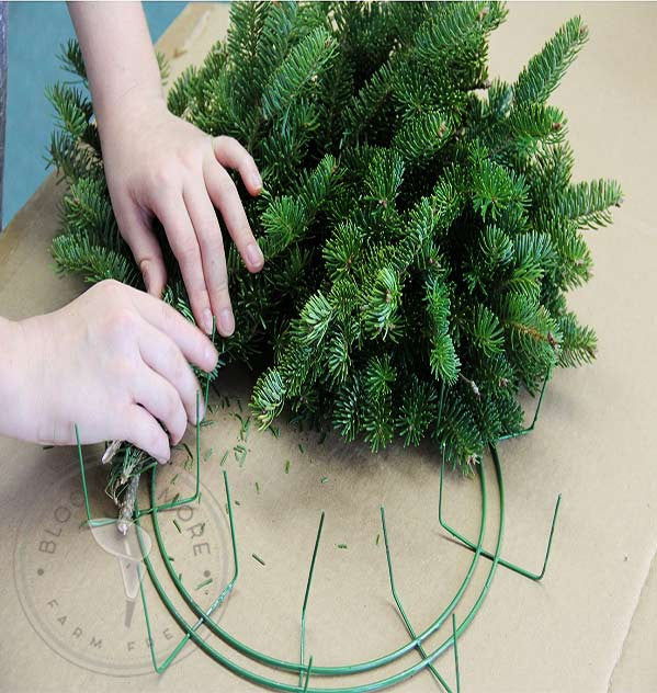 Diy Christmas Wreath Buy Bulk Wholesale Bouquets, Flowers & Greens
