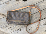 PreOwned Louis Vuitton Favorite