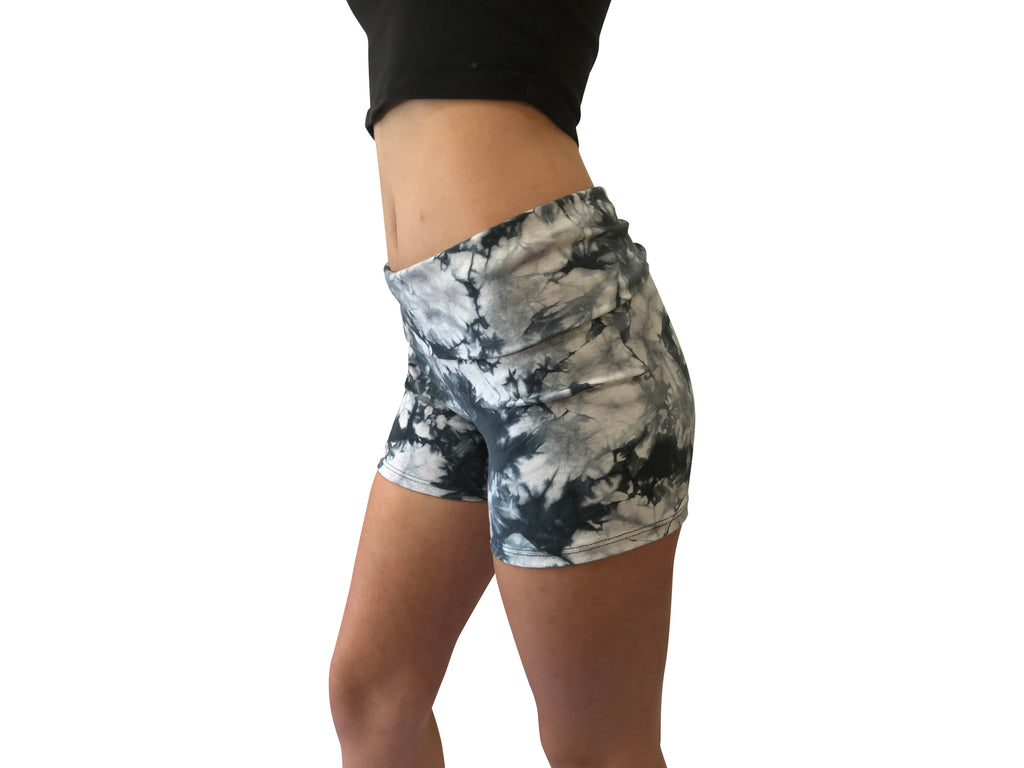 Yoga Short Black Tie Dye