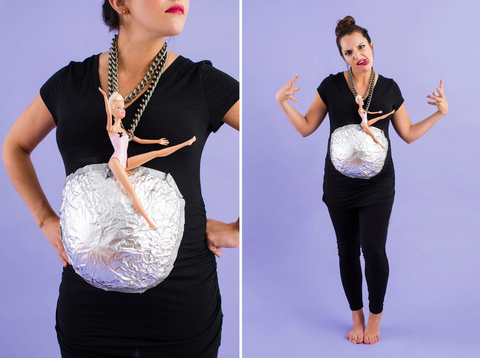 halloween-pregnancy-costume-wrecking-ball-miley-cyrus