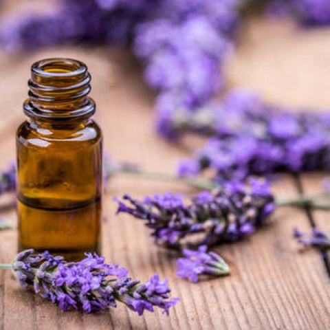 how-to-help-pregnancy-acne-natural-makeup-remover-lavender-oil