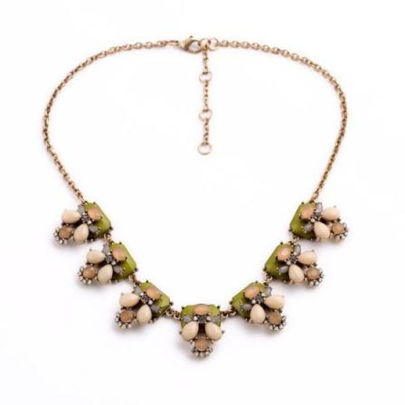Perth Necklace in Green
