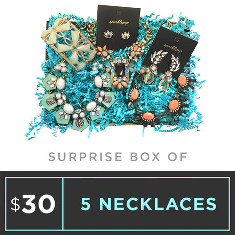 Surprise Box - 5 Necklaces