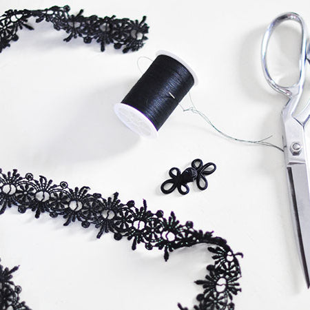 Lace Choker DIY: Step By Step Guide To Make Fashionable Lace Choker