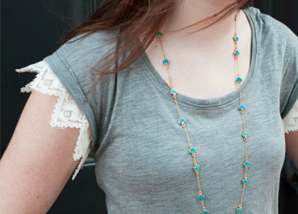 DIY Lace Trim Tee Tutorial