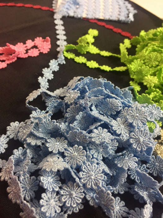 "Lace Trim Daisy 1/2"" Wide Quality Venise. Choose Color. Multi-Use ex. Garments Bridals Decorations DIY Sew Arts Crafts Costumes Scrapbooks"
