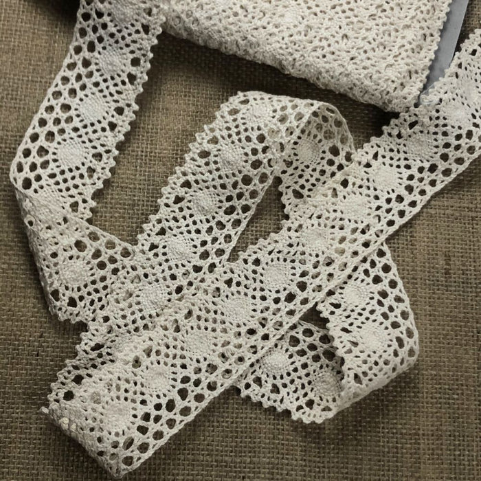 "Cluny Trim Lace Natural Cotton 1.5"" Wide Yardage Vintage Antique Irish Edging, Multi Use: Garments Arts Crafts Costumes DIY Sewing."