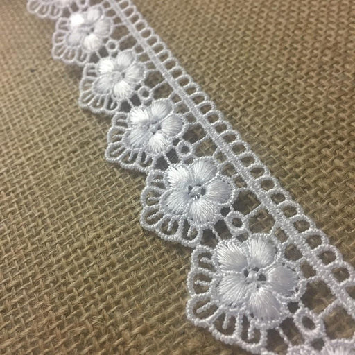 "Trim Lace Daisy Fan Scallops Design Thick Quality Venise 1.25"" Wide, White. Use Examples: Garments Bridal Decorations Crafts Veils Costumes"