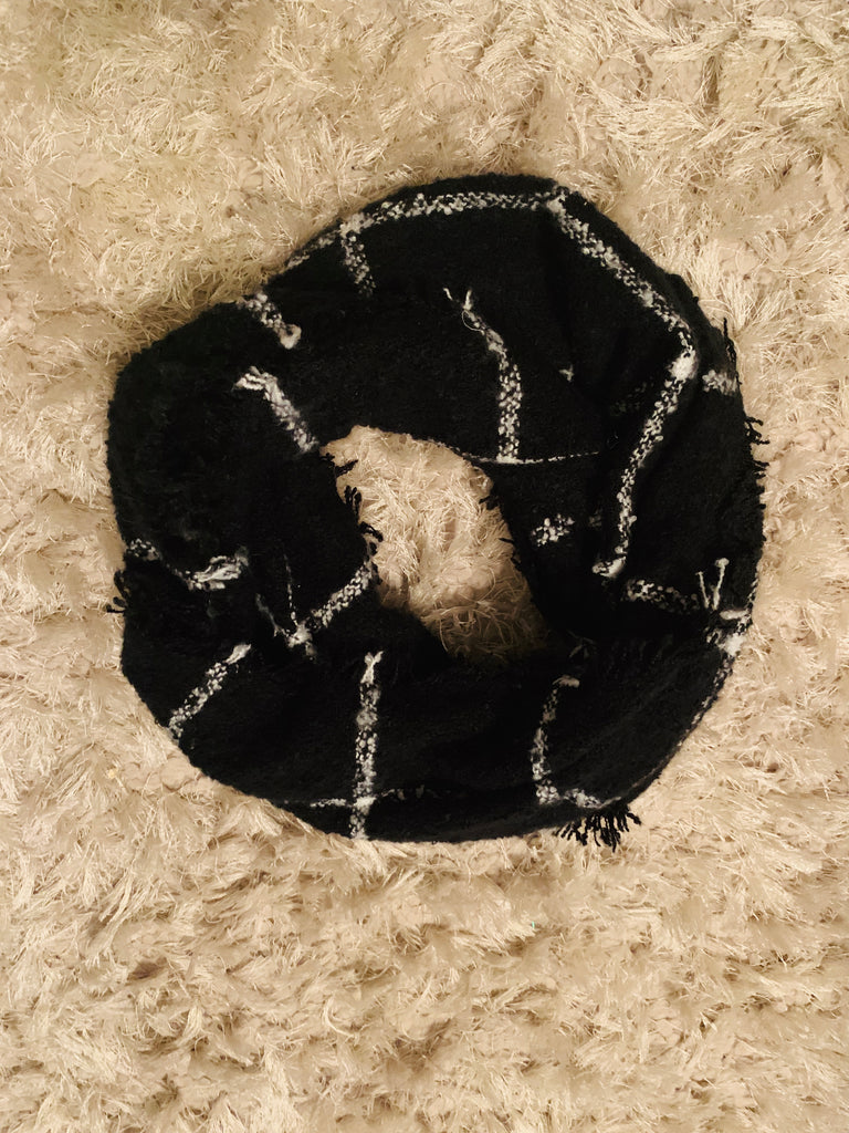 Black & White Knit Infinity Loop Scarf