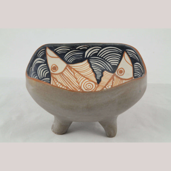 New Ceramic/Pottery Bowl w Fish Raised on Pedestal Carmen Chichipan